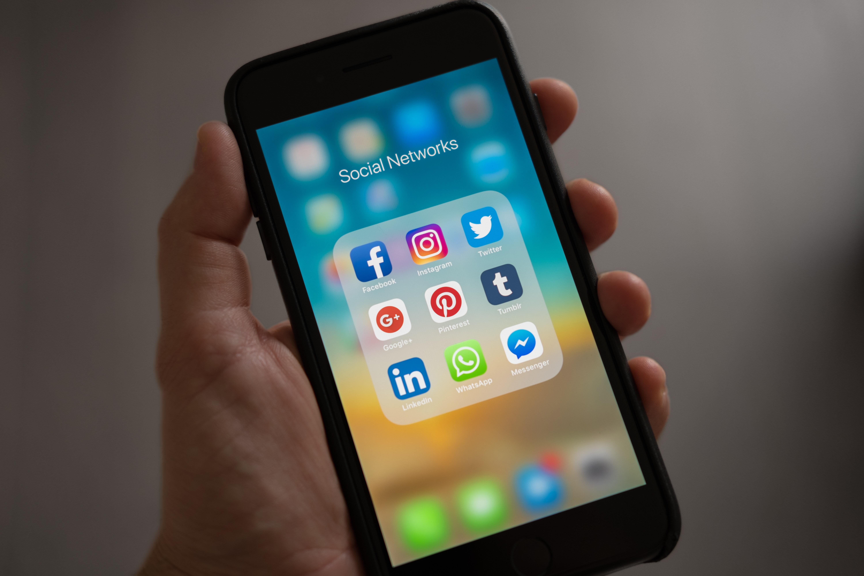 Nový telefon, nebo lepší život?