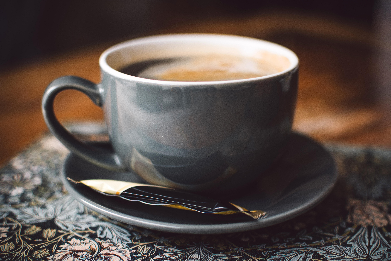 Srovnání stavu: 3-4 kávy denně a jen jedna po obědě